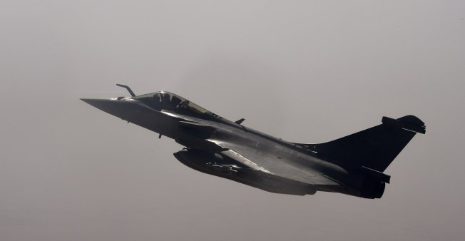French raid in Mali leaves at least 10 dead