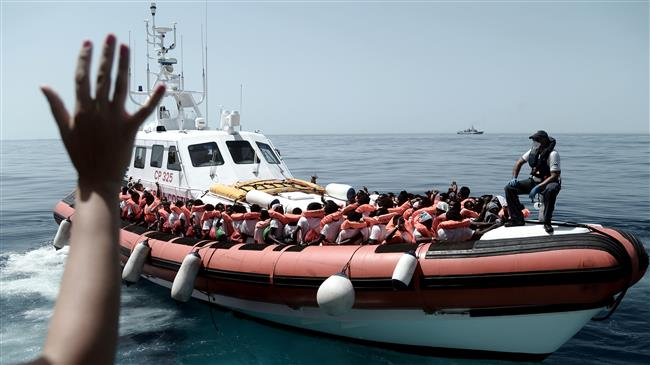 Italy prevents two more refugee boats from docking