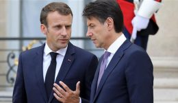 French president calls for unified European response to refugee crisis