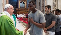 The Holy Father calls for solidarity, mercy to be shown towards migrants
