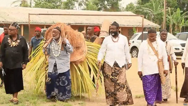 Battle For Southern Cameroons: Traditional rulers Flee Violence in Southern Zone