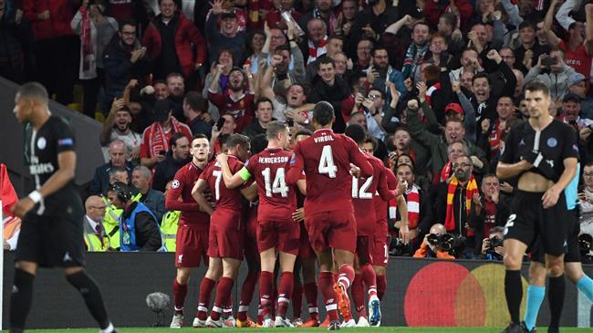 Football: Premier League clubs forget coronavirus crisis in transfer splurge
