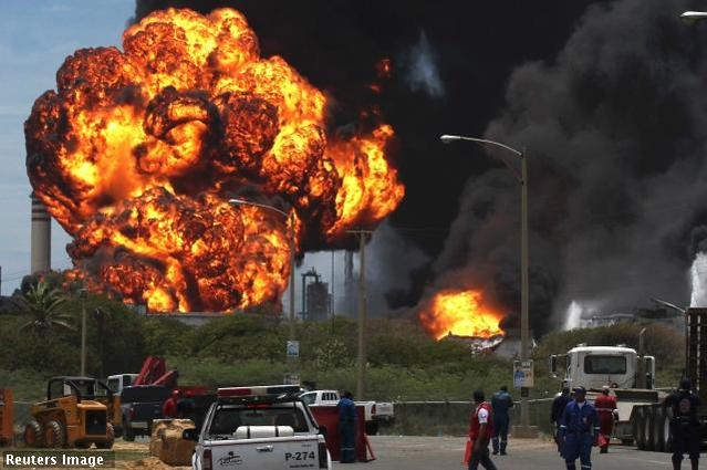 Nigeria: Gas tanker explosion kills at least 35