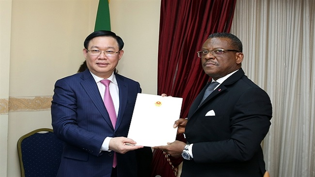 Vietnam wants to boost multi-faceted partnership with French Cameroun