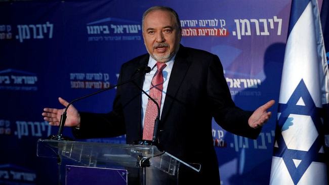 Israel: Calls for new elections as kingmaker Lieberman refuses to back either side