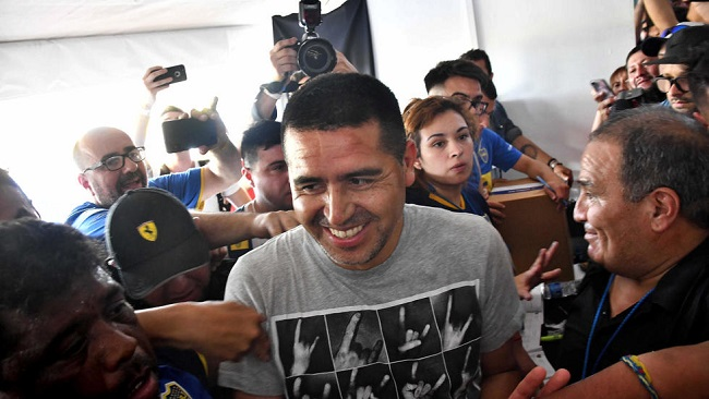 Football: Riquelme beats Maradona as Boca Juniors elect new president