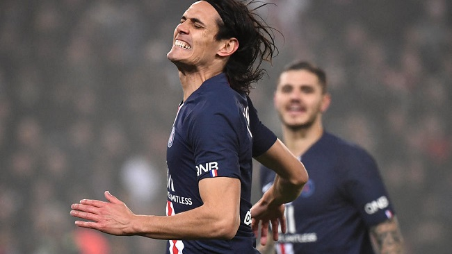 Football: Cavani swaps life on farm for Man Utd spotlight
