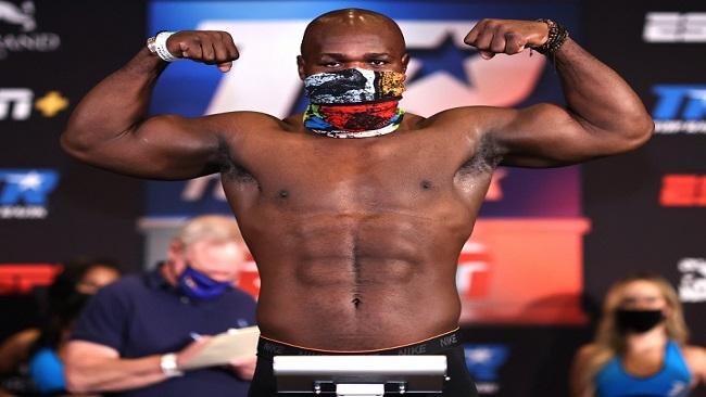 Boxing: Carlos Takam Wins Decision