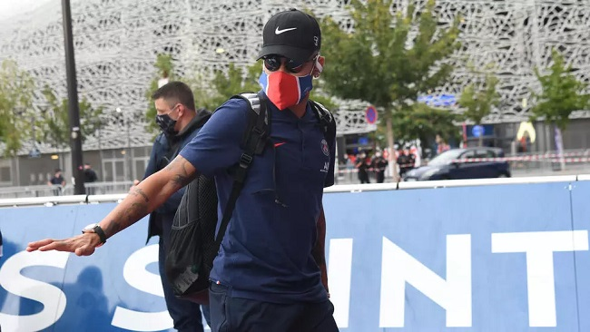 Football: Neymar and two other PSG footballers test positive for Covid-19