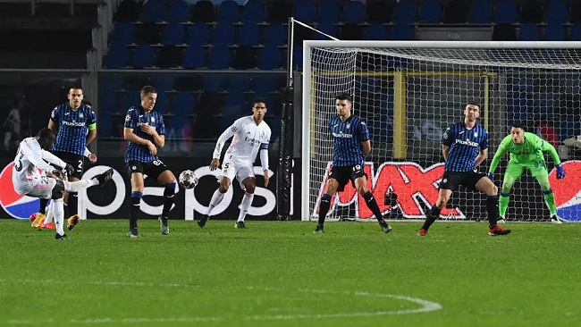 Football: Mendy's late strike puts Real Madrid in sight of Champions League quarters