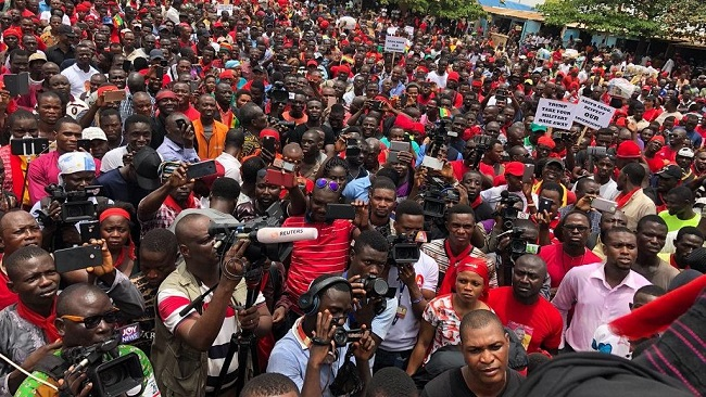 Ghana: Thousands of protest controversial military deal with U.S.