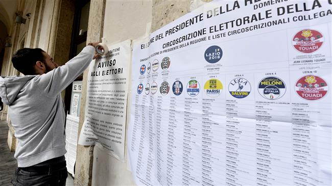 Italians casting ballots in general elections