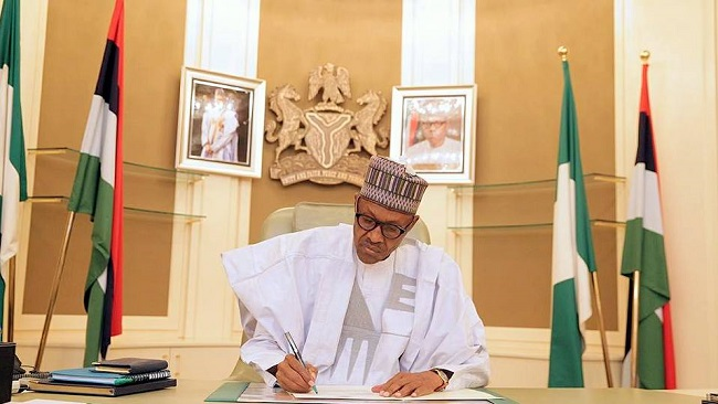 Naija: Buhari approves Not-Too-Young-To-Run Bill