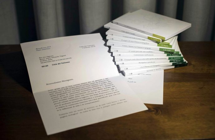 Vatican bows to pressure, releases retired pope's letter
