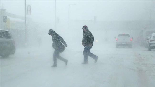 3 dead as spring snowstorms wreak havoc in central US