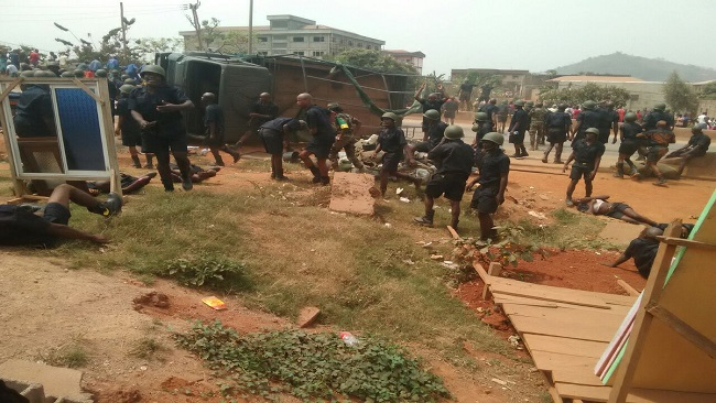 Southern Cameroons Crisis: 26 Cameroon gov't soldiers injured in Bamenda road accident