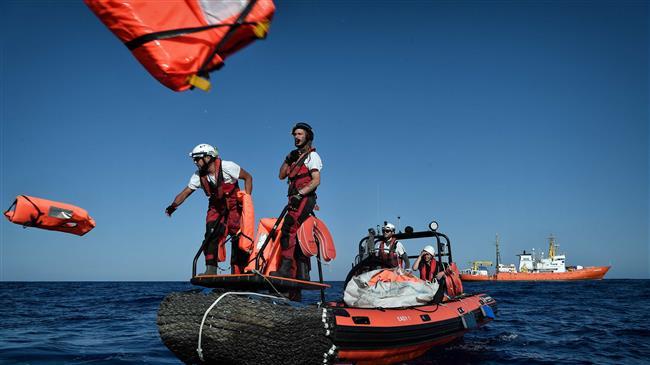 At least 46 refugees killed as boat sinks off Tunisia coast