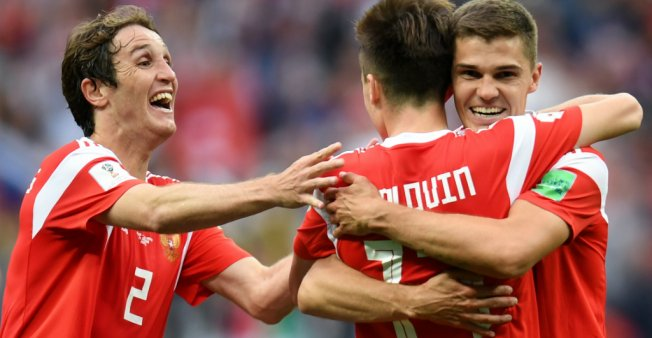 FIFA World Cup: Russia's winning form faces first big test against Uruguay