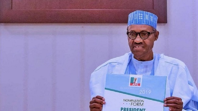Nigeria's 2019 polls: Buhari submits party forms, slams PDP's 16 years