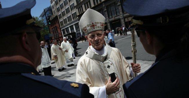 Pope Francis accepts Washington archbishop's resignation amid sex abuse scandal