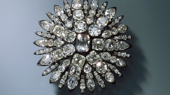 German police offer half a million euro reward for stolen jewels