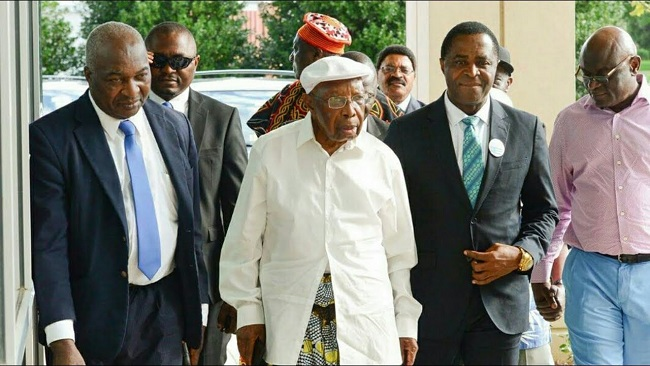 President Sisiku Ayuk Tabe's tears a sign of Ambazonia respect for Mola Njoh Litumbe