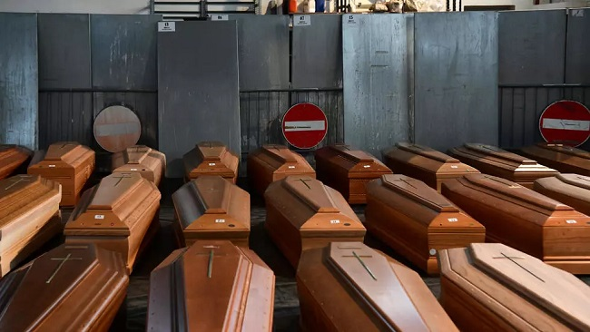 Portugal: Funeral workers nearing 'breaking point' over Covid deaths