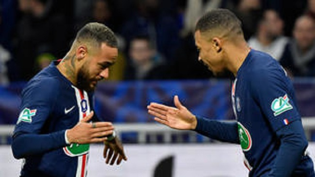 French football season declared over, PSG awarded title