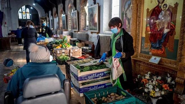 Coronavirus pandemic 'amplifying' poverty in UK