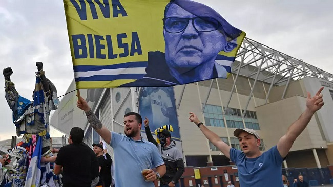 Football: Leeds promoted to Premier League