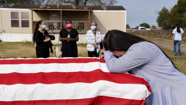 US reaches grim milestone of 500,000 Covid-19 deaths