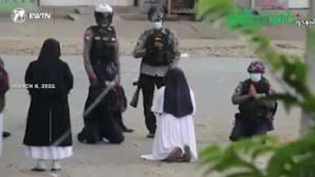Myanmar: Catholic nun begs police not to shoot protesters during unrest