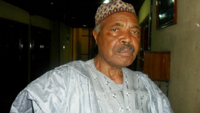 Achidi Achu: Former prime minister dies after stroke