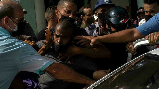Cuba: One dead, more than 100 arrested after anti-government protests