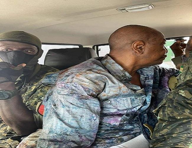 Coup d'etat in Guinea Conakry: President Alpha Condé arrested