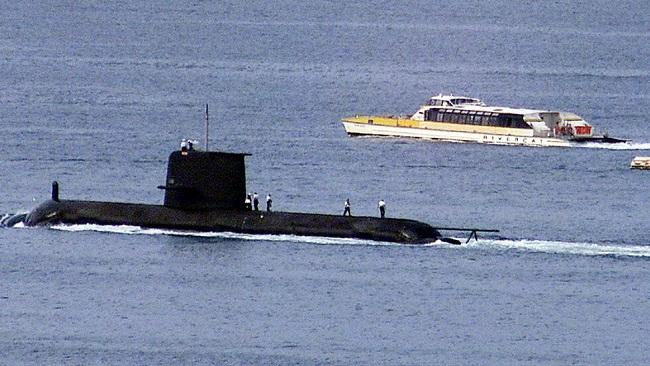 EU postpones trade talks with Australia amid submarine row
